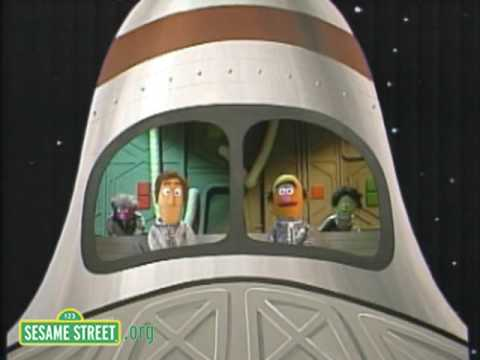 Sesame Street: Spaceship Surprise