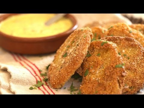 Fried Green Tomatoes with Garlic Aioli || KIN EATS