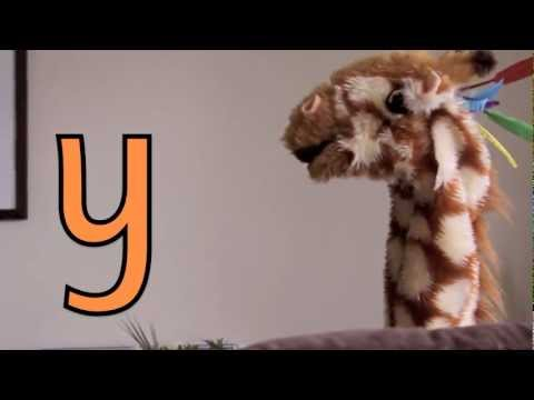 Geraldine the Giraffe learns the /y/ sound