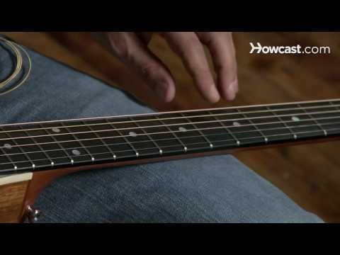 How to Play Guitar: Beginners / Removing Strings