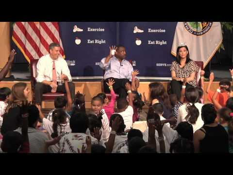 Let's Read! Let's Move! with Arne Duncan, LeVar Burton, and Miss America
