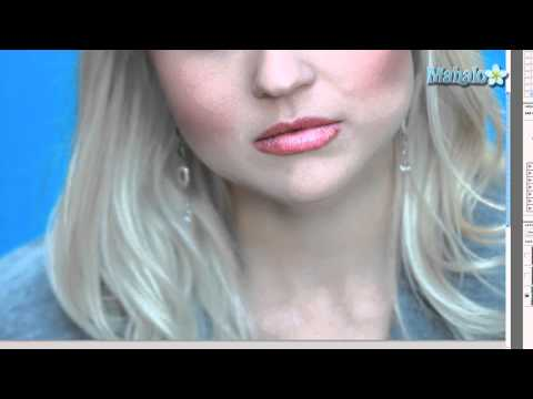 How to Remove Blemishes - Photoshop Tutorial