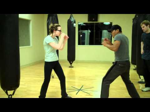 Wing Chun - Tie & Untie Step Drill