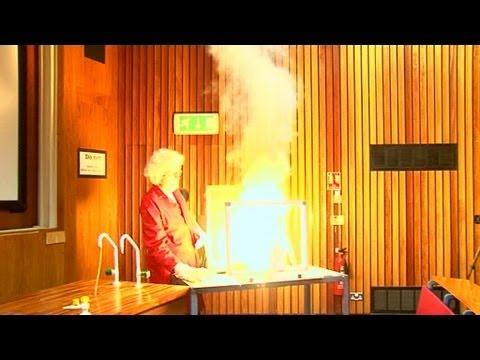 Chromium Trioxide (FAIL) - Periodic Table of Videos