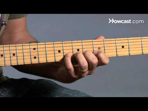 How to Play Guitar: Beginners / Bending a Note