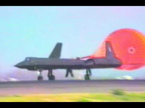 Lockheed SR-71 Blackbird: Tires