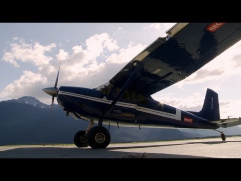 Alaska Wing Men - Scouting for Flightseeing