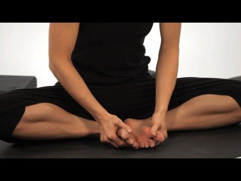 Cobbler's Pose (Baddha Konasana)   How to Do Yoga