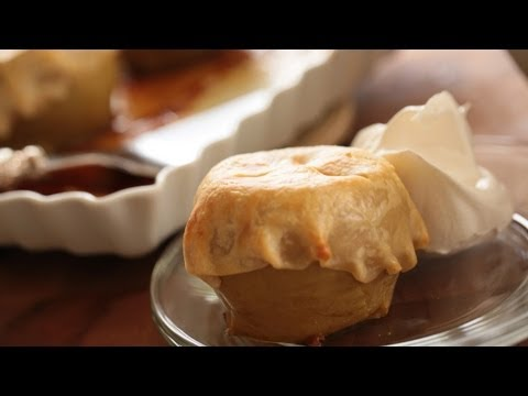 Southern Cheddar Apple Pie Recipe: How to Make It || KIN EATS