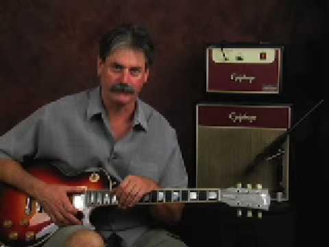 Gear Demo Epiphone Junior tube amp w/ Gibson Les Paul guitar