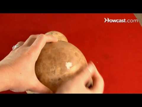 How To Craft a Christmas Gourd Santa