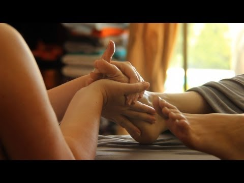 How to Give a Foot Massage  | Deep Tissue Massage Techniques