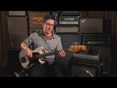 Bass Chords: How to Play a Dominant 7th Chord