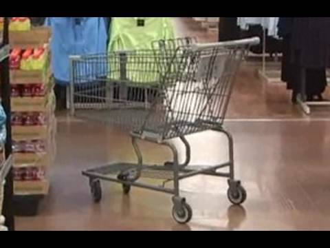 Hilarious Shoplifting Prank