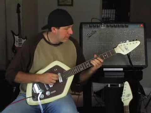 Rating guitar Vintage Teisco EV2T electric Fender Deluxe amp