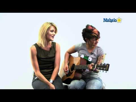 Mahalo Guitar Ustream 9/22/11: Jen and Kelly perform Twice As Bad