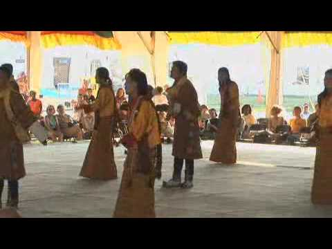 The Royal Academy of Performing Arts, Song and Dance Dedicated to Jampelyang