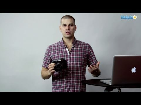 How to Adjust LCD Brightness on a Canon 60D DSLR