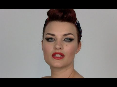 EASY QUICK VINTAGE HAIRSTYLE