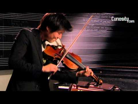 Charles Yang: Plays the Violin