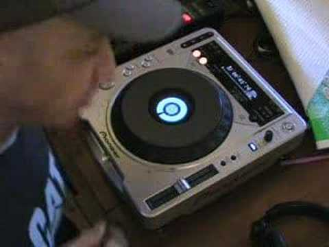 Vinyl mode of the Pioneer CDJ-800 mk2, Video 2