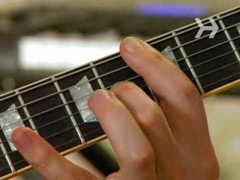 How To Play a Basic Bar Chord