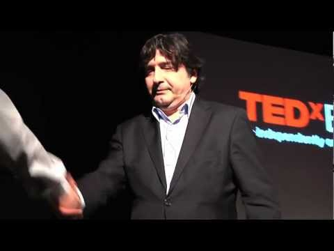 The Power of Mentoring - Dominique RESTINO @TEDxESCP (French)