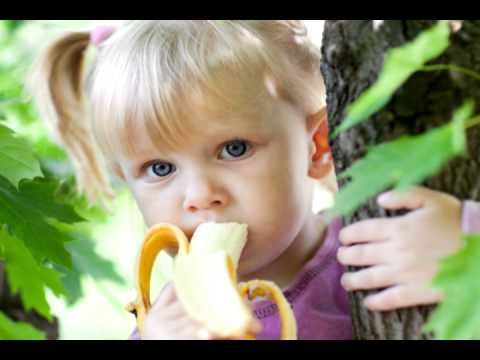 Apples And Bananas Song  - Silly Songs For Children