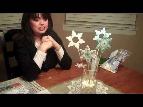 Christmas Decorations - Winter and Christmas Centerpiece and Christmas Tablerunner