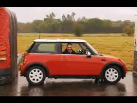 Top Gear - Grannies handbreak turn autotomobiles pt 1 - BBC