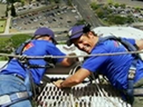 Dirty Jobs - High-Rise Window Washer - Mike Faces Fear