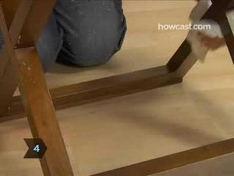 How To Clean a Wooden Table