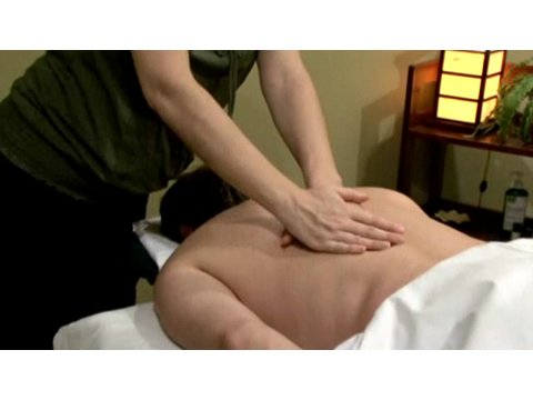 Massage Techniques: How to Give a Body Massage
