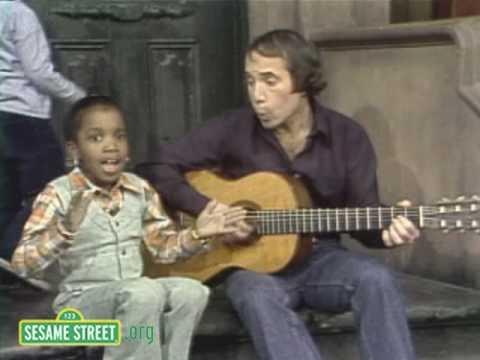 Sesame Street: Paul Simon Sings Me & Julio