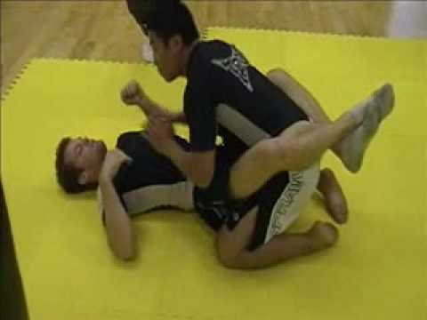 Grappling - Closed Guard Break w/ Knee Pass (basics) part 2
