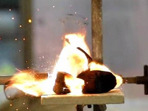 Fluorine - Periodic Table of Videos
