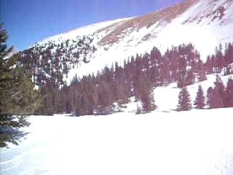 Skiing Dealers Choice Run, Loveland Basin, Colorado
