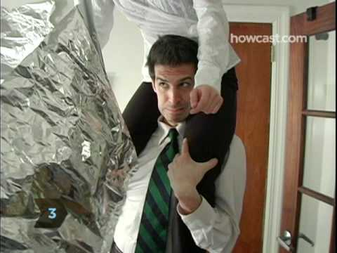 How To Play the Aluminum Foil Prank on a Coworker