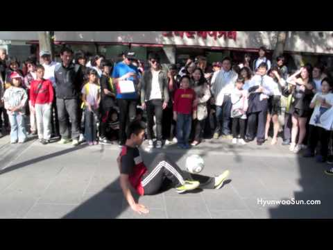 Soccer Ball Juggling in Seoul, Korea