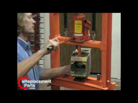 Bosch 11304 Demolition Hammer Part 3 - Installing the Crankshaft