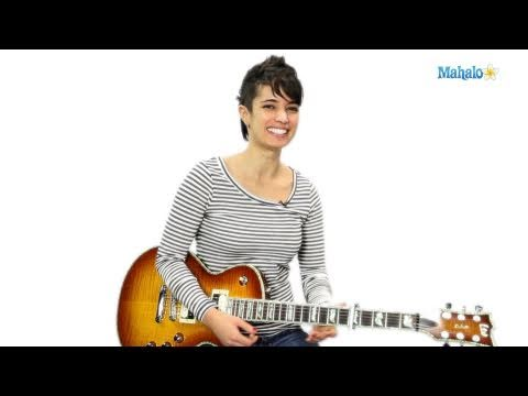 How to Play a G Minor Pentatonic on Guitar