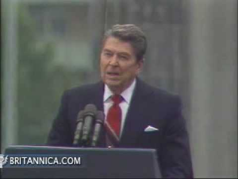 Ronald Reagan Speaks at Berlin Wall