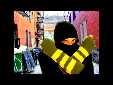 How-to make Ninja Mitts, Threadbanger