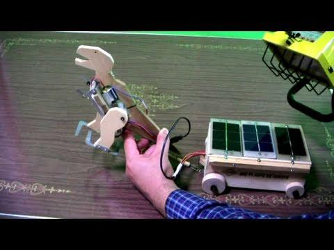 Solar-USB Dinosaur Pulling A Cart (Hybrid)