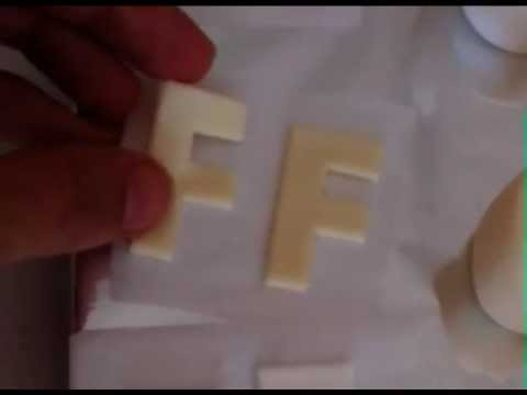 fondant review part 4 lettering test which fondant is best? - Ann Reardon - How To Cook That Ep029