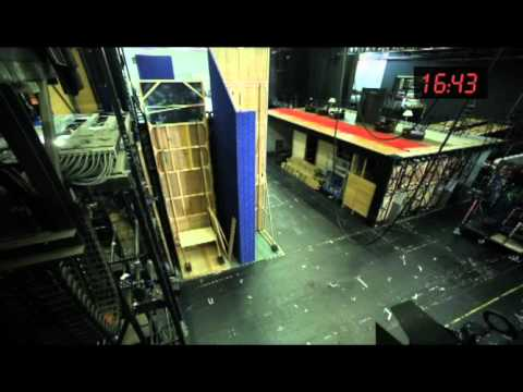 Backstage: Timelapse Set Change at The Royal Opera House