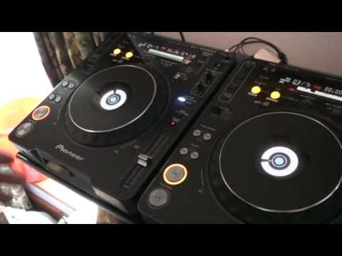 DJ TUTORIAL, CDJ-1000MK3, REVERSE MODE ON TWO TURNTABLES