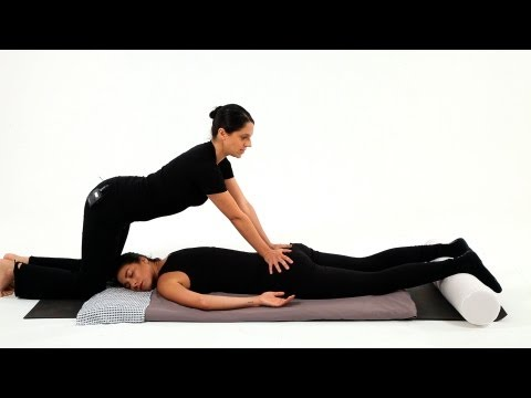 How to Give a Shiatsu Lumbar Spinal Massage | Shiatsu Massage Techniques