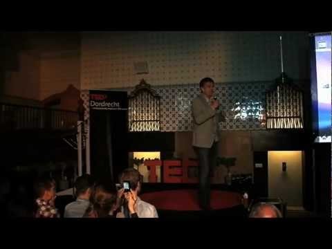 Plastic Bags and Bottles: Peter Smith at TEDxDordrecht