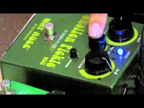 Guitar Pedal Demo - Swollen Pickle Jumbo Fuzz Pedal
